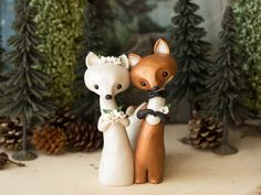 Two Foxes - Unique and Sweet Wedding Cake Toppers - Photos