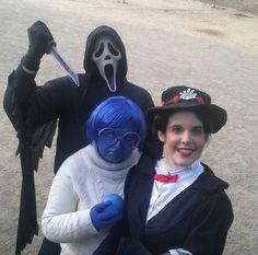 Se positivamente que esto no acabará nada bien. #Sadness #Triste #Pixar #pixarcosplay #Costume #Pixarcostume #disfraz #Carnaval #carnival2016 #Funny #Sitges2016 #carnaval2016 #InsideOut #Delreves #Febrero #february #february2016 #Ghostface #Scream #Horror #Terror #GhostfaceScream #marypoppins #Costumes #Disfraces