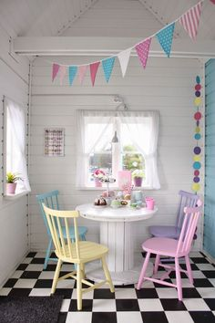 The colors and the checkered floor in this play house are perfect! Playhouse Decor, Shed Playhouse, Playhouse Interior, Girls Playhouse, Playhouse Outdoor, Playhouse Ideas, Kids Cubby Houses, Play Houses, Wendy House