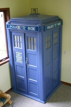 Tardis DIY--opens to next room, so It's bigger on the inside...Genius. Not doing it unless my kid turns out to be a huge Doctor Who freak like me. But yet, still genius.