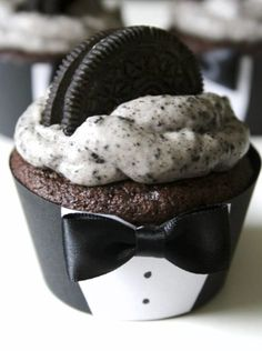 I dressed these cupcakes up with a little tux cupcake...