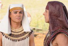 Prestes a entrar em José do Egito, Ângelo Paes Leme analisa sofrimento de personagem na juventude http://r7.com/6PVq