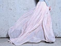 suto marszczona spódnica  szyfon jedwabny  w tali dzianinowy pas      Możliwość uszycia na wymiar.