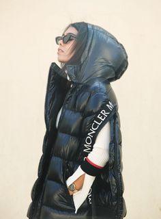storm wears moncler x stylebop jacket and le specs x adam selman sunnies Black Jacket Outfit, Le Specs, Moncler, My Outfit, Lifestyle Blog, Winter Jackets, 21st Century, Supreme, Sunnies