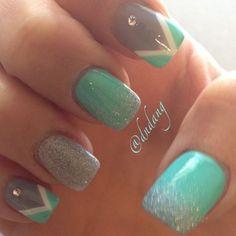 gris con verde woww