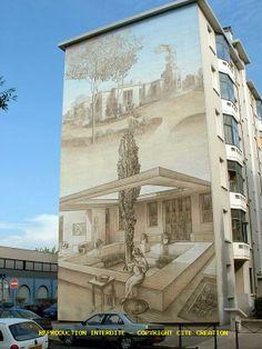 Musée urbain Tony Garnier - LYON Street Wall Art, Murals Street Art, Street Art Graffiti, Banksy, Lyon France, Les Stickers, Garden Mural, Roads And Streets, France Travel