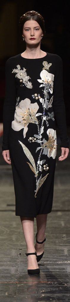 Dolce & Gabbana spring 2016 couture -- See more florals here: www.bandjfabrics.com/search/node/floral