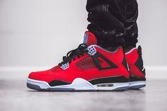 Air Jordan 4 Red Suede - la sneaker du jour (15.05.2013)