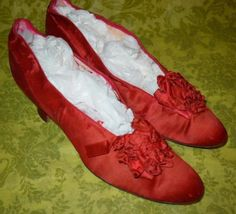 Antique-Victorian-Edwardian-RARE-Red-Satin-Evening-Shoes
