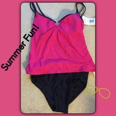 Fuchsia O-Ring Tankini! NEW! Sizes 8, 10, 12, 16 Tags and lining attached as shown. Boutique Swim