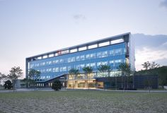DongWha Pharm Laboratory / JUNGLIM Architecture