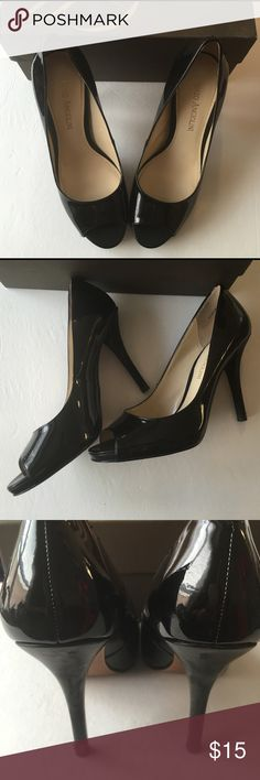 New listing✨ Black Pumps✨ Preloved in good conditions, please look at pictures to see flaws. Priced accordingly. Any questions please lmk. thanks  Enzo Angiolini Shoes Heels