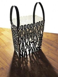 A 100% typographic carrier bag by @milo317   via @ArmandoRoqueCcs