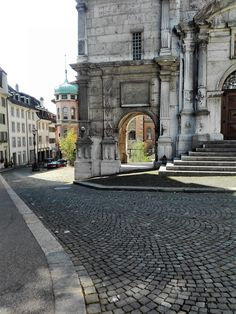 11 interesting facts, that you probably didn´t know about Solothurn - Our Swiss experience Switzerland Cities, Interesting Facts, Baroque, Fun Facts, Most Beautiful, River, Explore, City, Solothurn