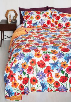 Lullaby for Now Quilt Set in Full/Queen. Drift off to sleep beneath the harmonious hues of this floral quilt set! #multi #modcloth