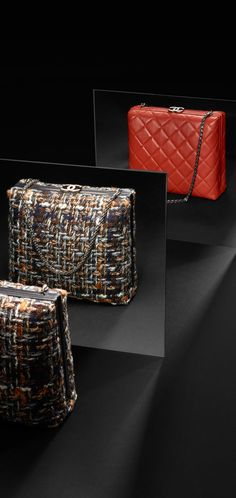 Paris in Rome Métiers d'Art - calfskin & gold metal-black Chanel Handbags, Fashion Handbags, Fashion Bags, Fashion Accessories, Chanel Bags, Mode Chanel, Tweed, Chanel Official Website, Latest Handbags