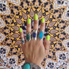 ✨✨✳️✨✨✨ LOVING THIS #COACHELLA #MANI BY @prettyinpolishnails!!!! ➕ GUESS WHOS GETTING A RE-STOCK O SOO SOON?!? ✅✅ THATS RIGHT! #FLOSSGLOSS 'CON LIMON'!!!  BUT SHOP RIGHT NOW ON @urbanoutfitters .COM & @rickys_nyc FOR OUR BESTSELLING #NEON #LIMEGREEN!!!  ✨✨ MAKE SURE TO SUBSCRIBE TO THE #BOSSFLEET & GET SPECIAL DISCOUNT CODES & A HEADS UP WHEN #CONLIMON & NEW LACQUERS WILL BE BACK!!! ⭐️✨✳️✅✨✳️✨⭐️✨✳️✅ #NAILS #nailgame #repost #prettyinpolishnails #conlimon #limon #art #npa #ladydrugs…