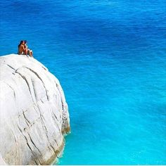 This secret beach is on the beautiful island of Ikaria! Beautiful Islands, Beautiful Places, Ikaria Greece, Bucket List Destinations, Greece Travel, Greek Islands, Dream Vacations, Places To See, Tourism