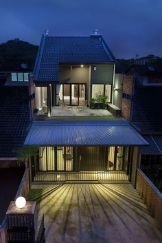 Modern contemporary transformation to a single storey for 3 storey terrace house design