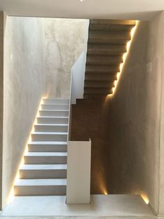 Stairs architecture exterior 35 ideas for 2019 Home Stairs Design, Interior Stairs, Modern House Design, Stair Design, Modern Houses, Stair Handrail, Staircase Railings, Open Staircase, Staircase Remodel