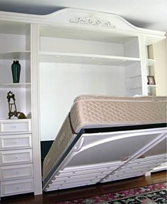 Only the SICO Room Maker mechanism can lift the weight of a thick King size mattress using only one hand! King Murphy Bed, Build A Murphy Bed, Murphy Bed Plans, King Size Mattress, Pillow Top Mattress, Murphy-bett Ikea, Bed Ikea, Room Maker, One Room Flat