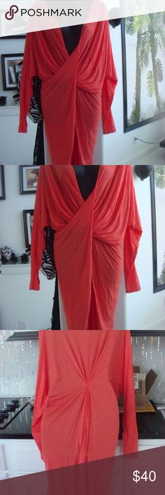 FREE PEOPLE SEXY DEEP V NECKLINE TUNIC HIGH LOW FREE PEOPLE SEXY DEEP V NECKLINE TUNIC LOW HIGH DRESS CORAL COLOR $68.00 XS-SM Free People Tops Tunics