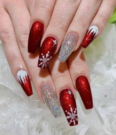 The Cutest and Festive Christmas Nail Designs for Celebration Beautiful snowflake red Christmas nails with an accent glitter nail! Chistmas Nails, Xmas Nail Art, Cute Christmas Nails, Christmas Nail Art Designs, Xmas Nails, Glitter Nail Art, Red Nails With Glitter, Christmas Acrylic Nails, Jamberry Christmas
