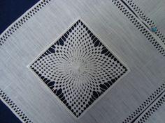 Broderie de Cilaos (différents motifs) - Blue Sydonie