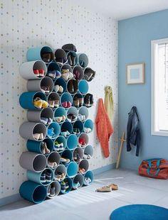 DIY Home Decor 240238961357194608 - rangement-pour-chaussures-a-fabriquer-avec-tubes-pvc-peints.jpg 378 × 448 pixels Source by delanoueisabell Home Projects, Home Crafts, Diy Home Decor, Pvc Pipe Projects, Decor Crafts, Diy Furniture, Furniture Design, Diy Shoe Rack, Shoe Storage Pvc Pipe