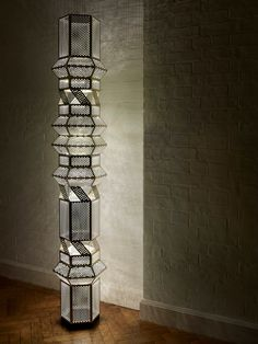 A nightlight for your office entry. Column floor lamp by Studio Fabien Cappello. Cool Lighting, Modern Lighting, Lighting Design, Lamp Light, Light Up, Egyptian Home Decor, Contemporary Floor Lamps, Contemporary Style, Living Room Flooring