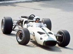 1966 Bruce McLaren, McLaren-Ford M2B,