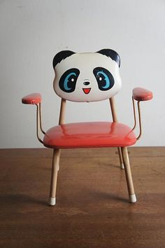 ::japanese retro :: Happy Panda Red Chair:: Adorable ▶