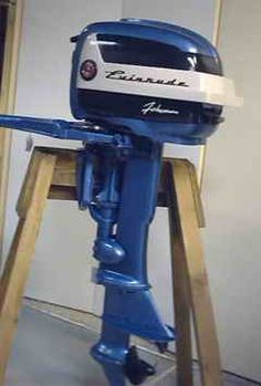 Old Evinrude Outboard Motors Identification Outboard Motors For Sale, Boat Motors For Sale, Outboard Boat Motors, Wooden Boat Plans, Wooden Boats, Flat Bottom Boats, Boat Engine, Mercury Outboard, Old Boats