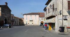 Roccabianca, Piazza Giuseppe Garibaldi.