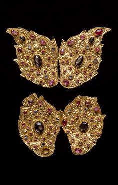 Indonesia ~ Bali | Arm ornaments; gold, rubies, diamonds and sapphires | 19th century ||| {GPA}
