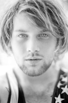 Danny Worsnop holy beautiful perfection ♥