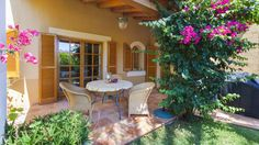 Gepflegte Villa in kleiner Wohnanlage, sonnig, ruhig, 3 SZ, Gemeinschaftspool,kinderfreundlich! http://www.casanova-immobilienmallorca.de/de/villa-haus/2361302/Immobilien-Mallorca--Gepflegte-Villa-in-wunderschoener-Anlage-
