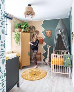 Bohemian jungle nursery Nurseryroom with green, plants and jungle. Baby Bedroom, Baby Boy Rooms, Baby Room Decor, Baby Boy Nurseries, Nursery Room, Kids Bedroom, Nursery Decor, Nursery Ideas, Jungle Theme Nursery