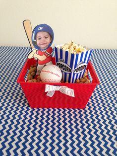 Baseball theme party centerpiece ideas