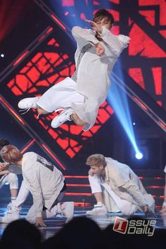 130710 MBC Music Show! Champion-Tao . . He can fly <3