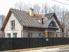 prace nad pokryciem dachowym