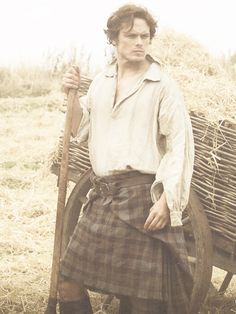 """""""Y'all have not seen Sam Heughan *be* Jamie Fraser. I have. And he had it all: patience, seriousness, annoyance, patience, humor, menace, humor, and... enough sex to drop anyone with functioning ovaries in their tracks.""""  - Diana Gabaldon"""