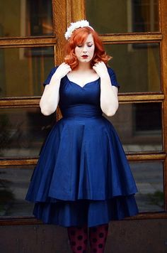 Stunning. skirt, polka dots, red hair, heaven, blue, dress, curvy women, beauti, vintage style