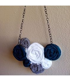 I love fabric flower necklaces!