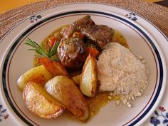 O Cozinheiro de fim de semana: Carne Assada com Batatas Rústicas e Farofa
