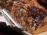 This 'cake-mix-easy' coffeecake is mildly flavored with coffee and topped with chocolate and a nut-laced streusel. No Bake Desserts, Just Desserts, Delicious Desserts, Cake Mix Recipes, Dessert Recipes, Yummy Recipes, Baking Recipes, Breakfast Recipes, Chocolate Cake With Coffee