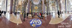 visão 360º do interior do Templo Expiatorio de La Sagrada Família - Obra prima de Gaudi