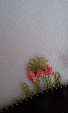 Anlatımlı İğne Oyası Fiyonk Yapılışı #crochet #örgü #needle #iğneoyası #iğneoyaları #yazma #elisi