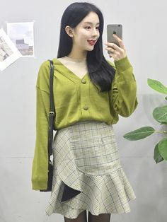 마리쉬♥패션 트렌드북! Skirt Outfits, Casual Outfits, Spring Fashion, Winter Fashion, Ootd, Korean Street Fashion, Dress To Impress, Lace Skirt, High Waisted Skirt