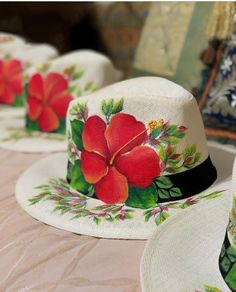 Hat Crafts, Diy And Crafts, Arts And Crafts, Painted Hats, Hand Painted, Hat Decoration, Wooden Door Design, Crochet Basket Pattern, Diy Hat